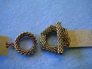 Pärlade lås