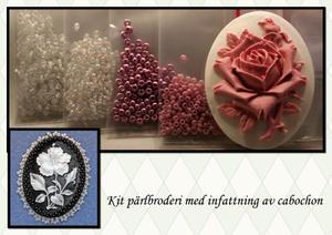 Infattning vit med ros